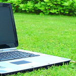 laptop-on-grass